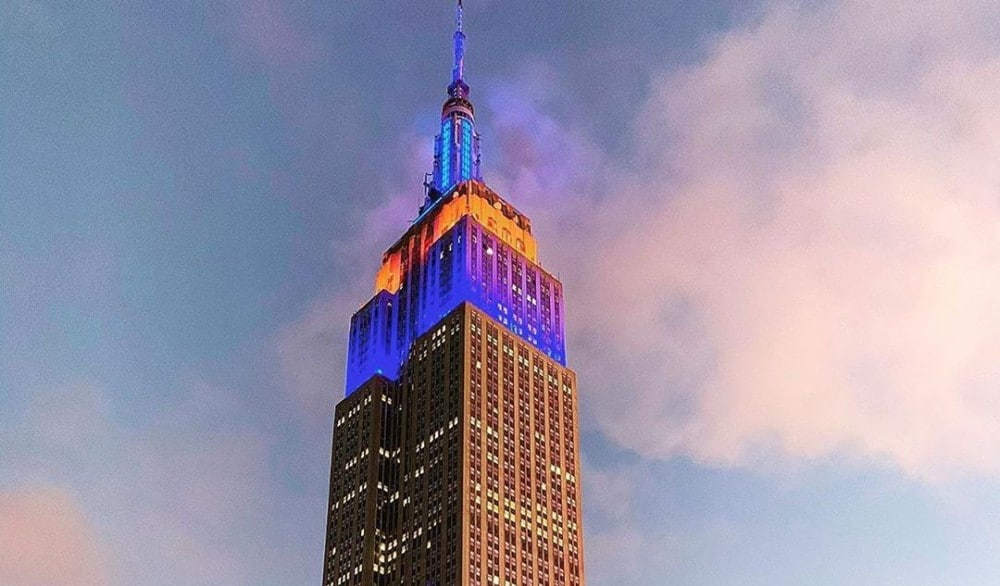 The Empire State Building Is Lighting Up In Mets Colors Tonight In Honor Of Opening Day