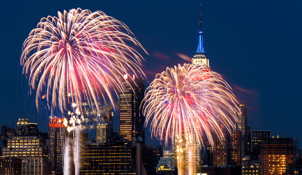 """Macy's Week-Long Fourth Of July Fireworks Will Have Dazzling """"Surprise"""" Finale Tonight"""