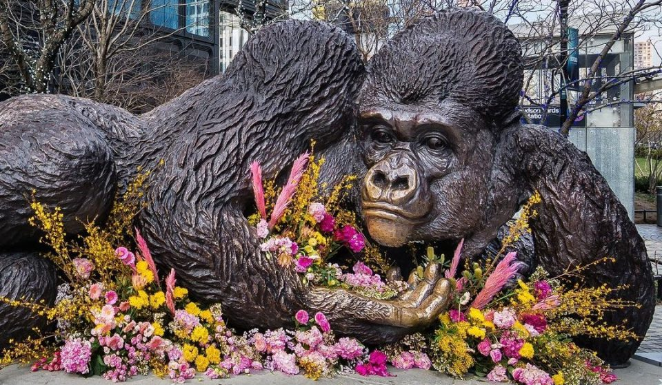 The 5,000-Pound Gorilla Statue In Hudson Yards Just Got A Beautiful Floral Makeover