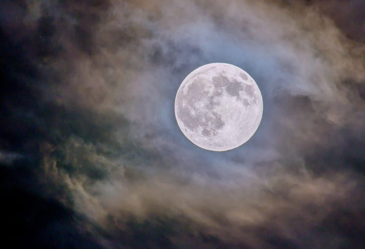 There's Going To Be A Full Corn Moon Visible This Week
