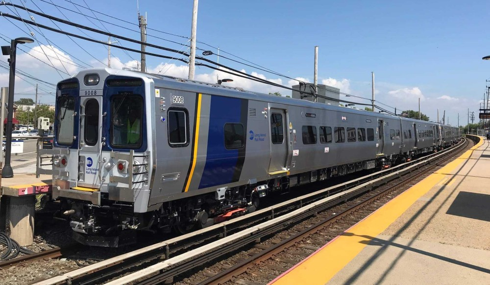 MTA Launches App Showing Which LIRR Trains Are The Least Crowded Before Riders Leave Home