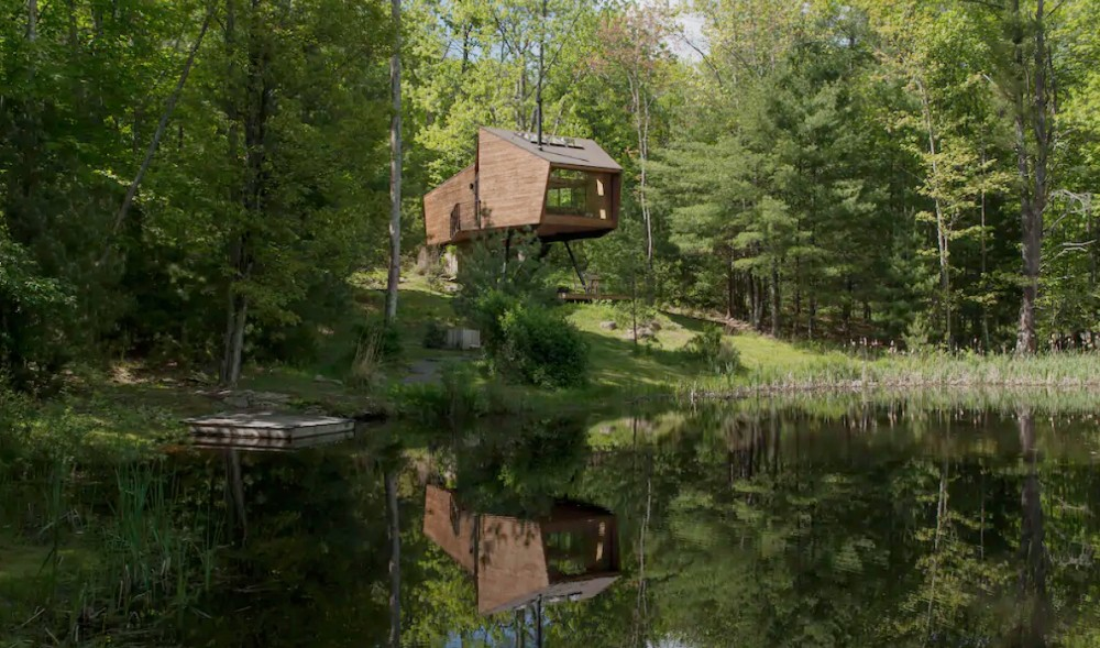 You Can Rent This Stunning Modern Treehouse Only Two Hours From NYC
