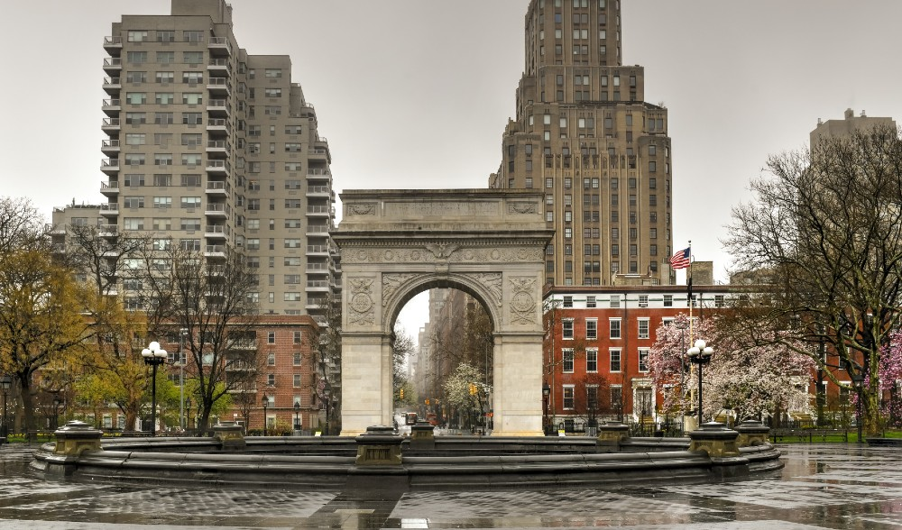 15 Most Haunted Places In And Around NYC