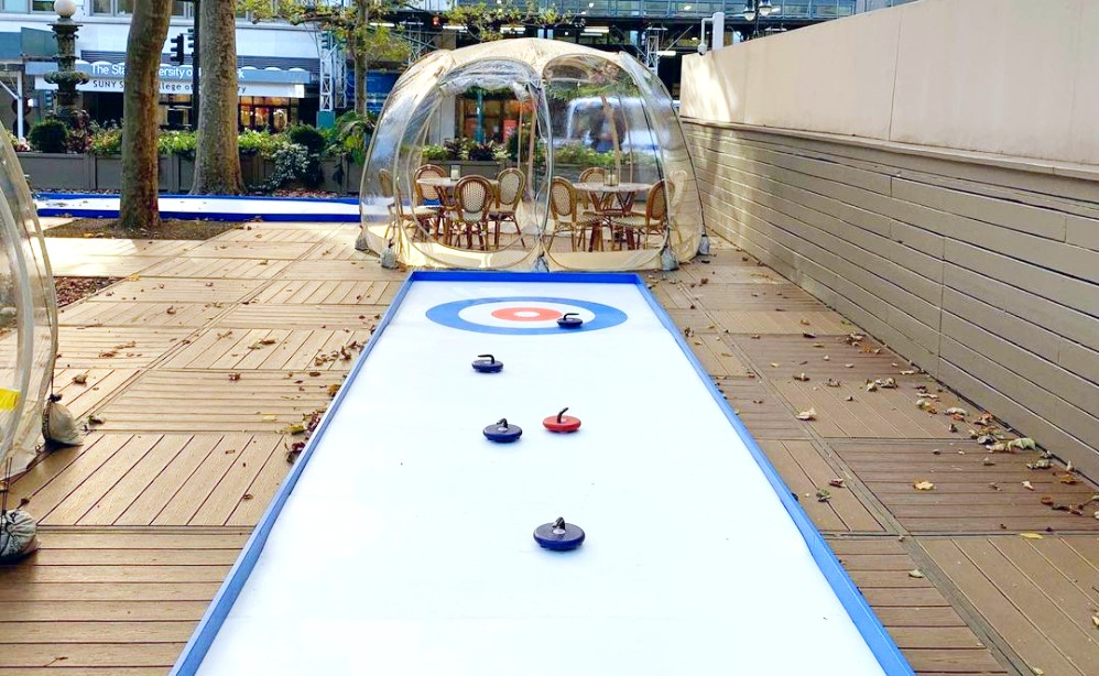 Bryant Park Just Opened A Brand New 'Curling Cafe' For The Holiday Season