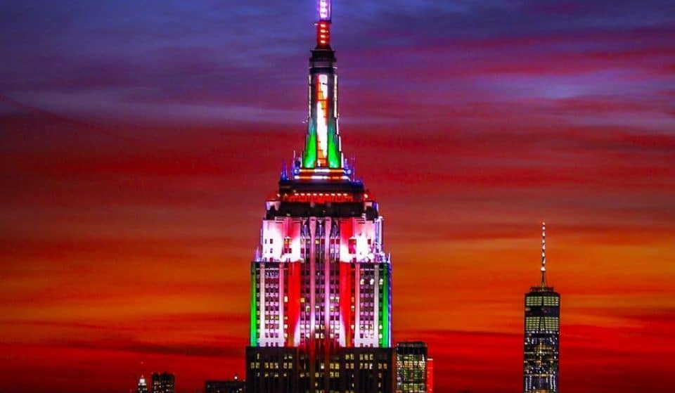 The Empire State Building Is Putting On A Spectacular Holiday Music-To-Light Show Tonight