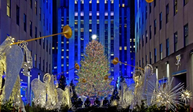 Line Reservations Will Be Required To Visit The Rockefeller Center Christmas Tree This Year