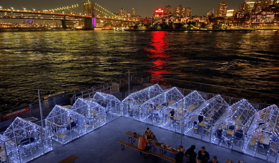 These Waterfront Glass Greenhouses Offer The Most Amazing Panorama Of The Brooklyn Bridge