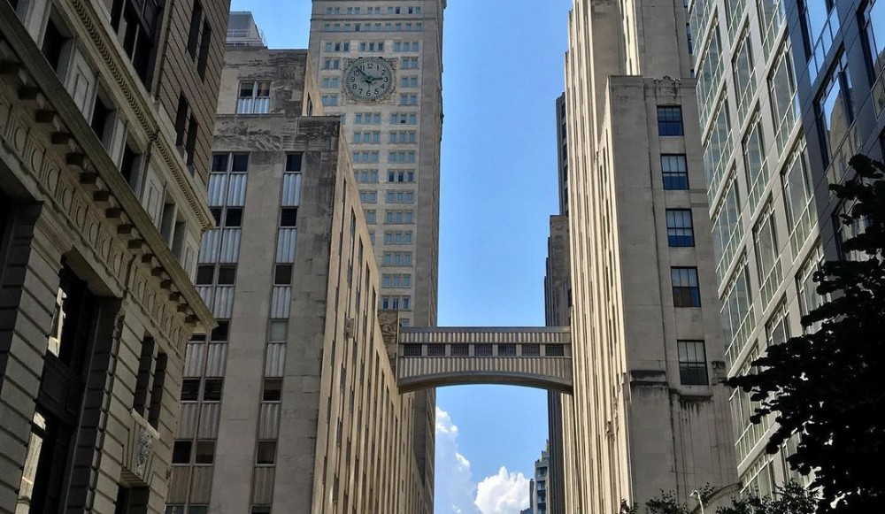 The Historic MetLife Skybridge Near Madison Square Park Is Being Torn Down