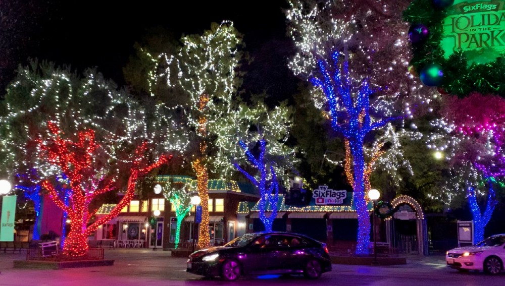 Six Flags Great Adventure Is Opening A Dazzling Drive-Thru Light Show For The Holidays
