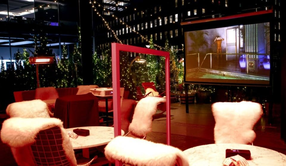 This Cozy Outdoor Pop-Up In Meatpacking Is Screening Holiday Movies All December Long