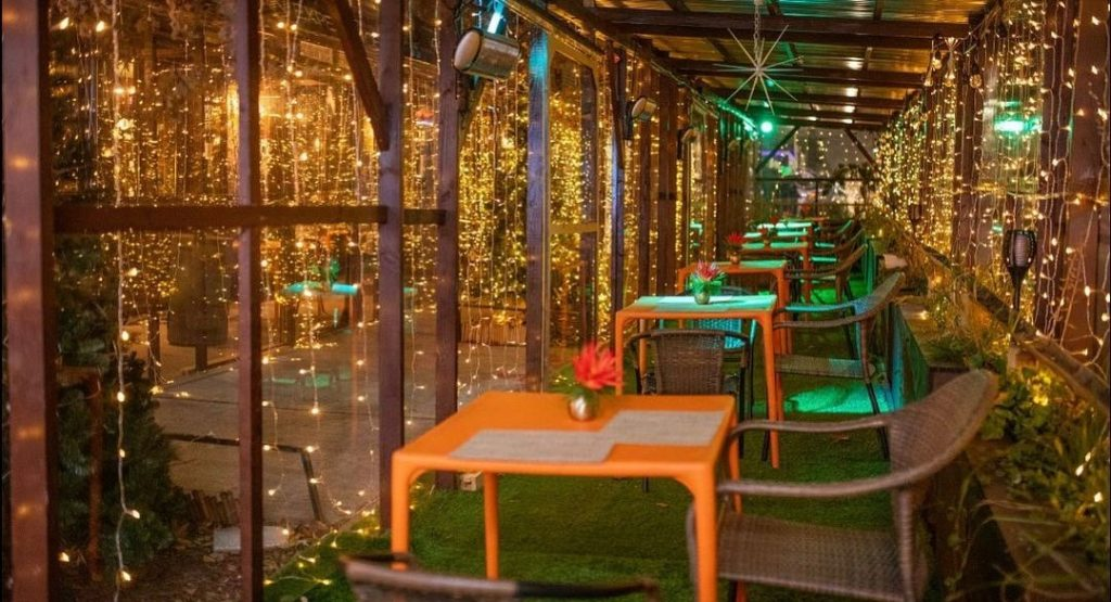 Dine Under A Curtain Of Glittering Lights At This Caribbean Restaurant In Williamsburg