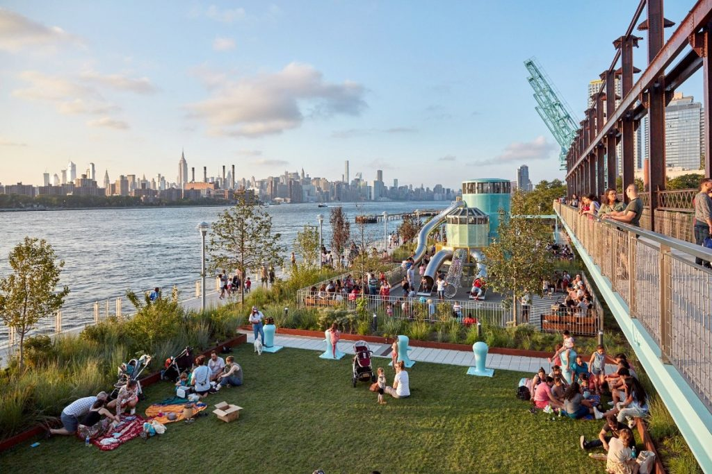 10 Best Waterfront Parks In NYC With The Most Amazing Views