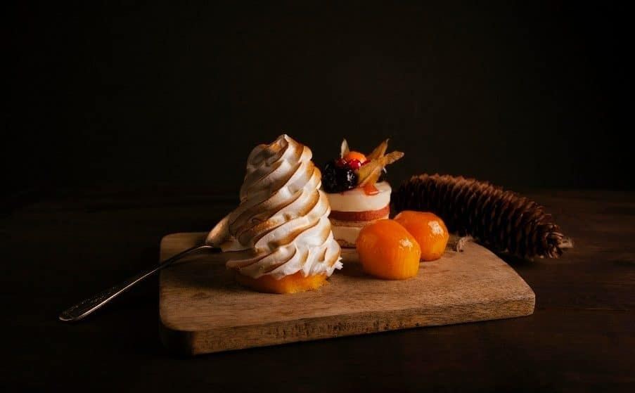 Tantalise Your Taste Buds At This Wonderful 'Dining In The Dark' Food Experience