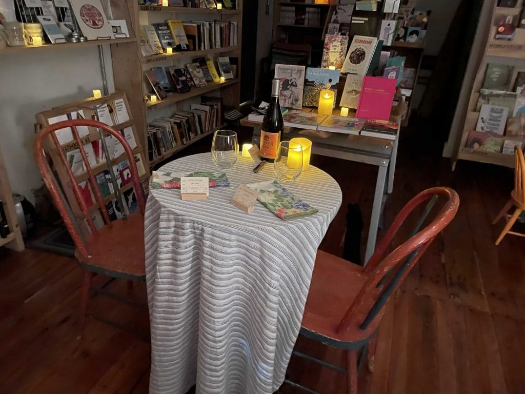 You Can Now Have A Totally Romantic & Intimate Date At This Kensington Bookstore