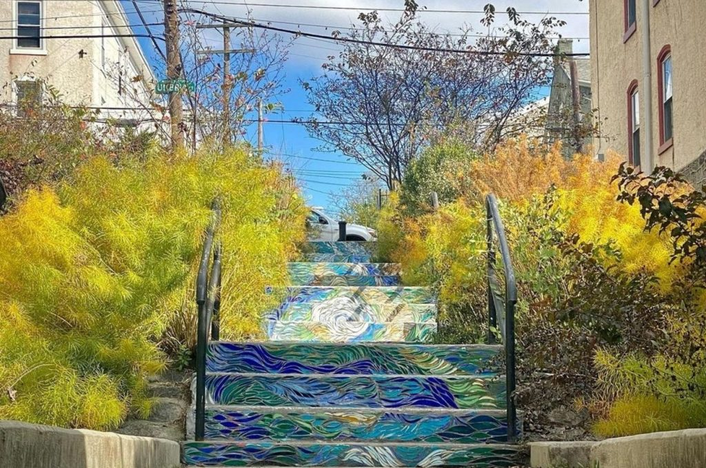 These Gorgeous Hidden Steps In Manayunk Will Make You Feel Like You're Walking On Water