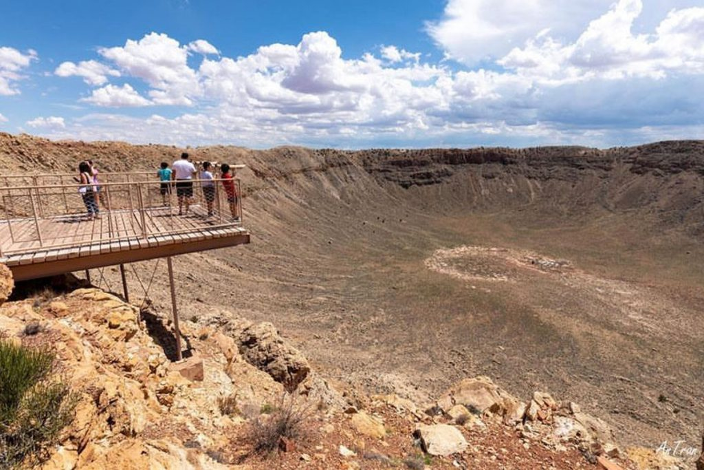 The Best Preserved Meteor Impact Crater On Earth Is In Arizona, And You Can Visit It!