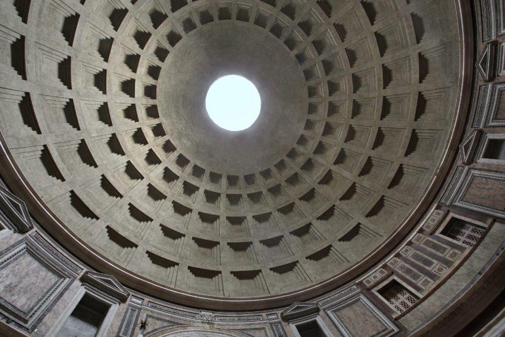 pantheon pioggia