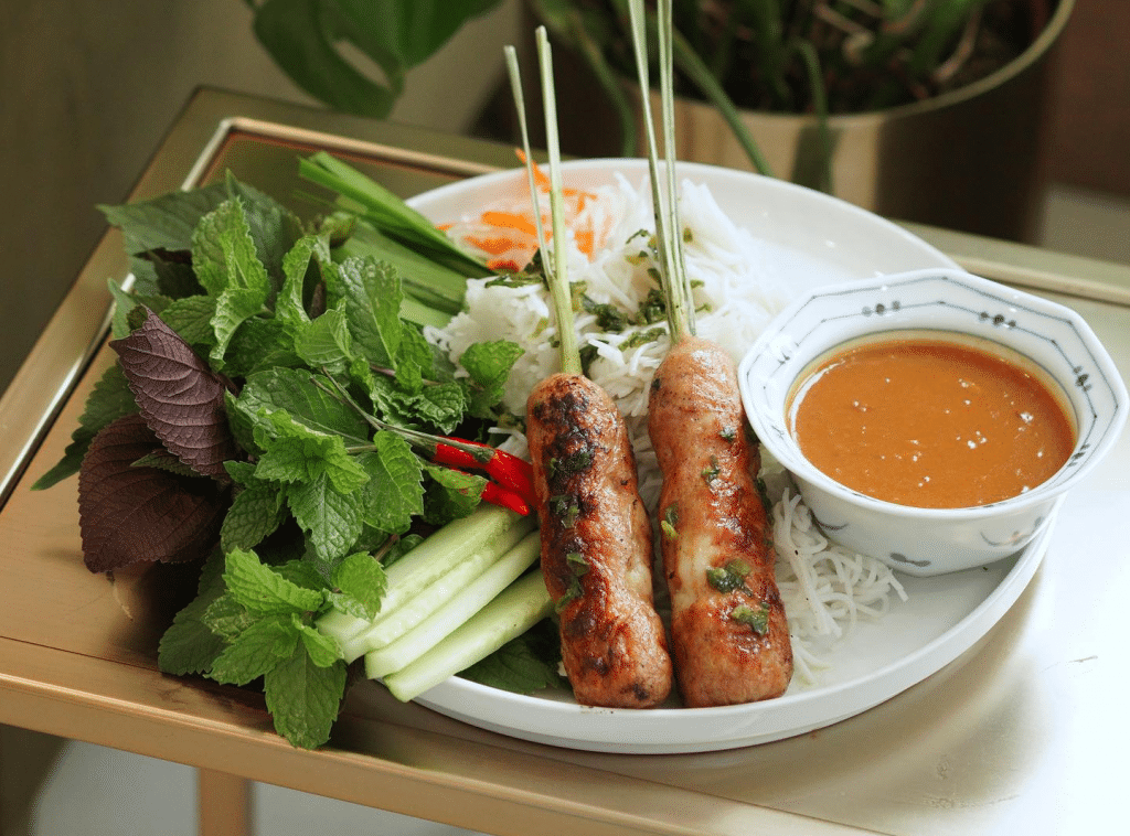 This New Vietnamese Restaurant And Cocktail Bar Is Selling Multi-Course Dinners In Monthly Pop-Ups Until Its Grand Opening