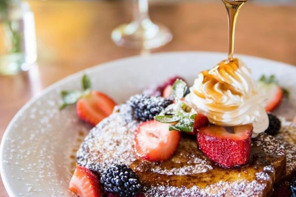 Check Out These 10 Amazing Brunch Spots This Sunday