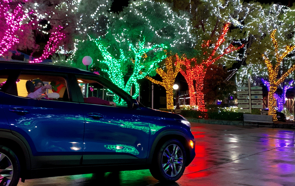 Roll Amongst Millions Of Twinkling Lights At The Six Flags 'Holiday In The Park Drive-Thru Experience'