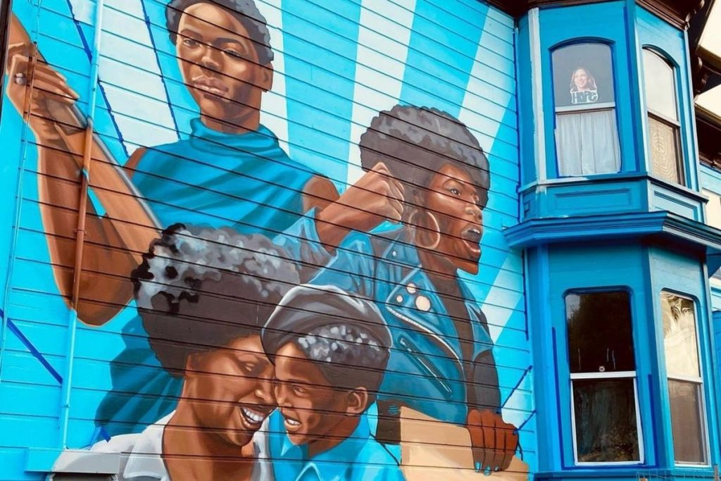 This New Mural In West Oakland Honors The Women Of The Black Panther Party