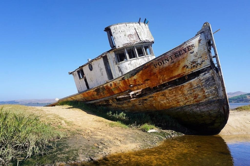 Bay Area Photographers Are Obsessed With This Fascinating Local Shipwreck