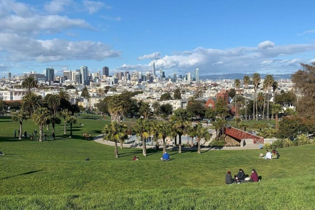 15 Charming Spots To Enjoy A Picnic In San Francisco