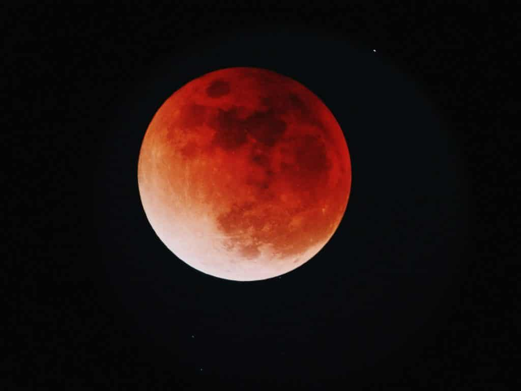 """A """"Super Pink Moon"""" And Other Celestial Phenomena Will Illuminate Bay Area Skies This April"""