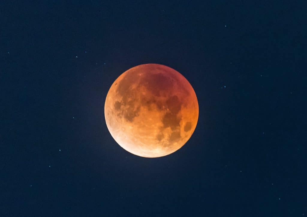 See This Rare 'Super Flower Blood Moon' Eclipse Early Wednesday Morning