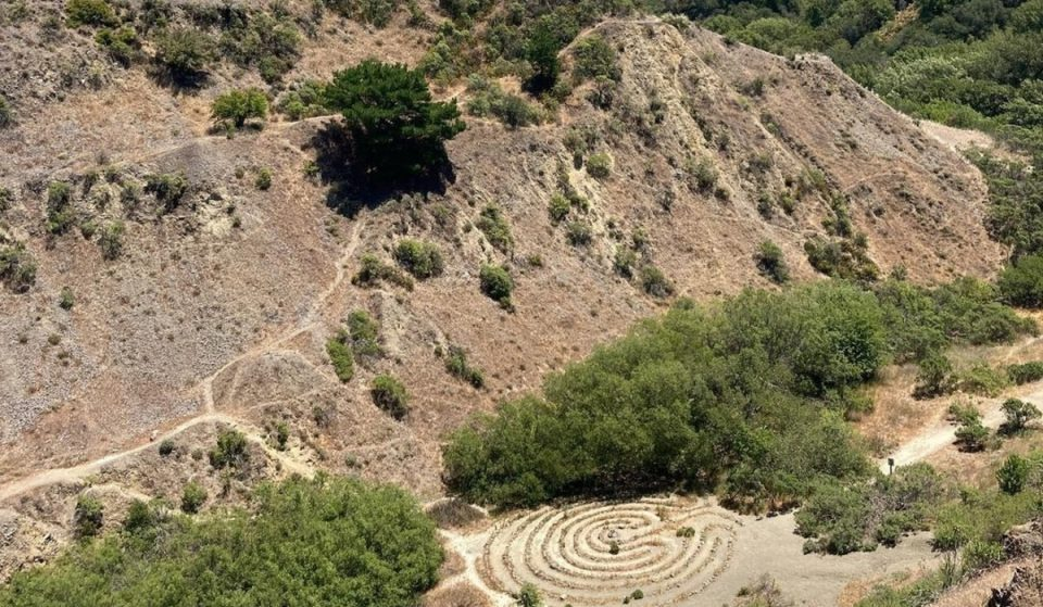 This Beautiful Hike In Oakland Is Home To Hidden Labyrinths And An Extinct Volcano