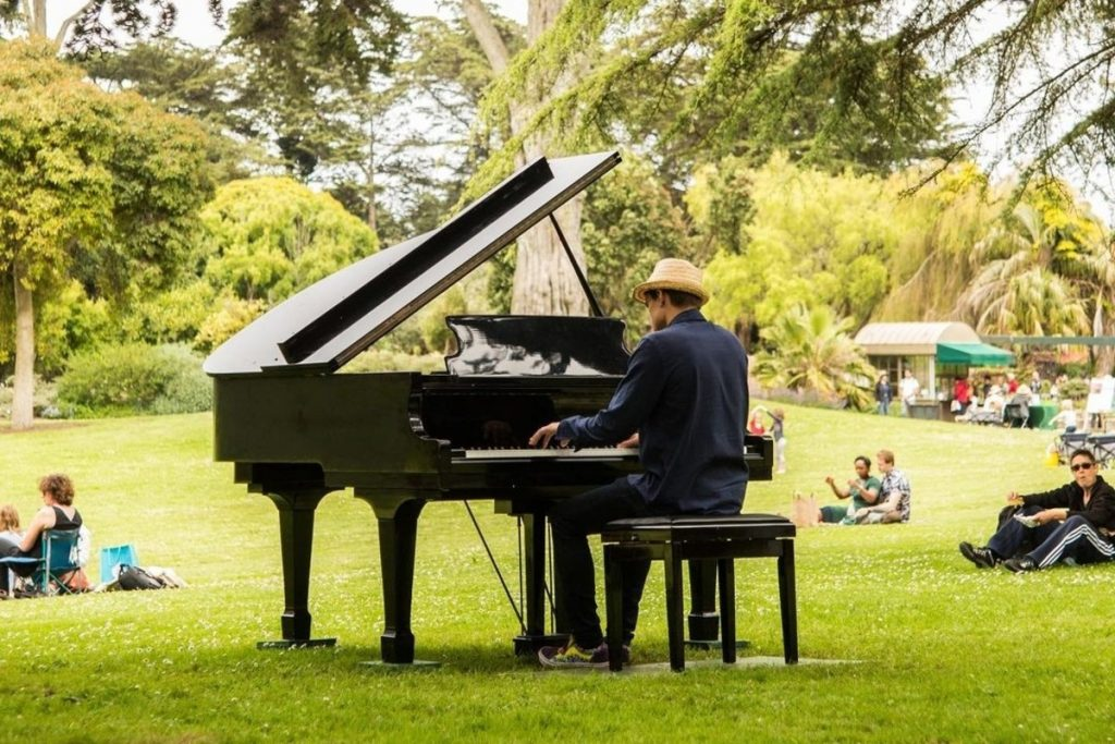 SF Botanical Garden's Gorgeous Flower Piano Event Is Free For SF Residents
