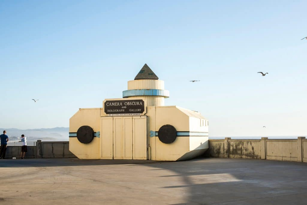 This Giant Camera In San Francisco Is A Fascinating Window To The Past