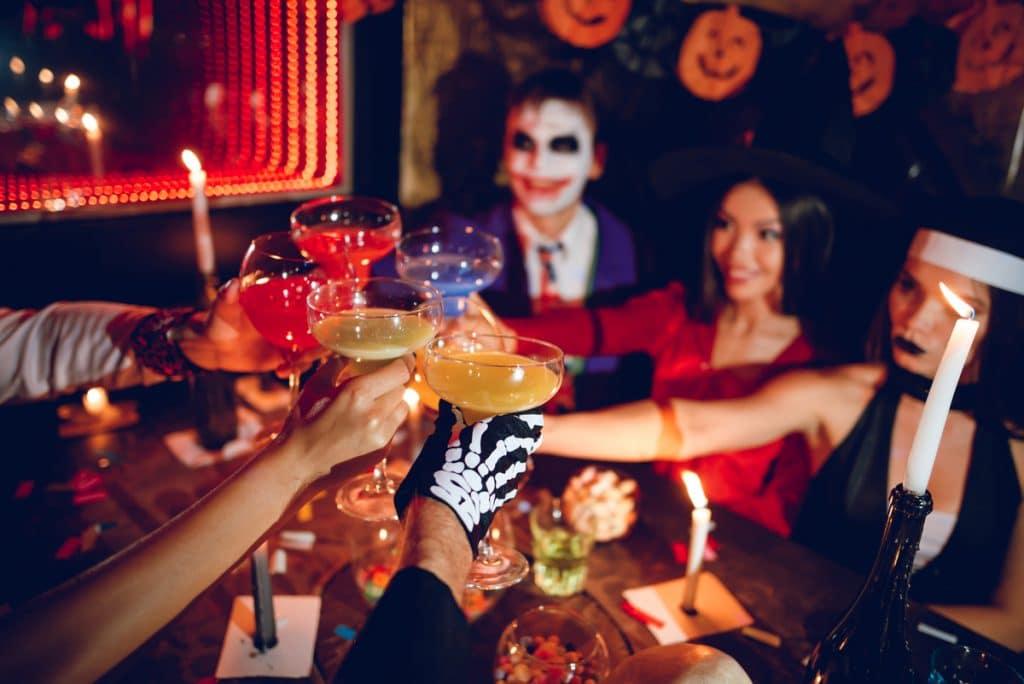 Go Adult Trick-Or-Treating At San Francisco's Biggest Halloween Pub Crawl