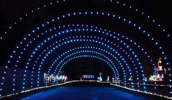 A Sparkling Wonderland Of Lights Returns To Spanaway Park