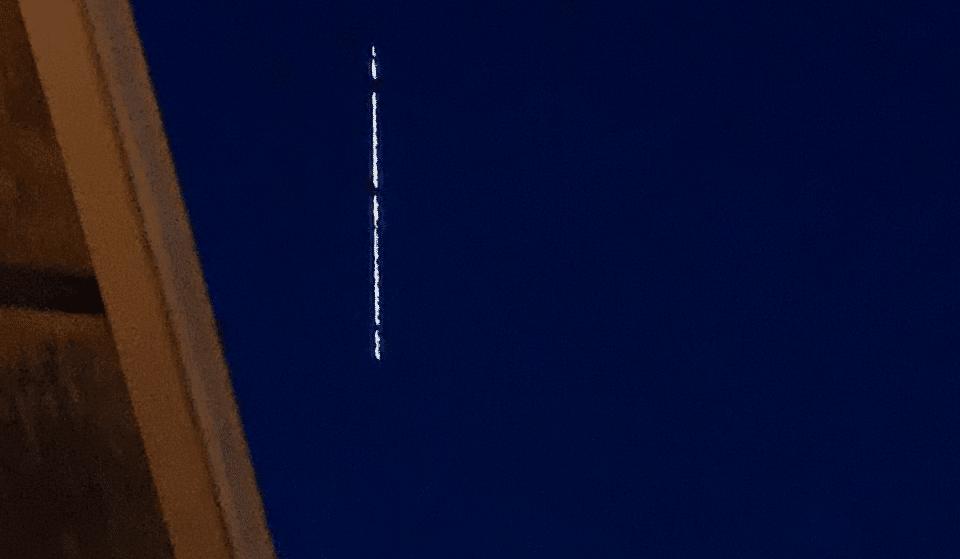 Mysterious Line Of Lights Over Washington Last Night Has A Reasonable Explanation