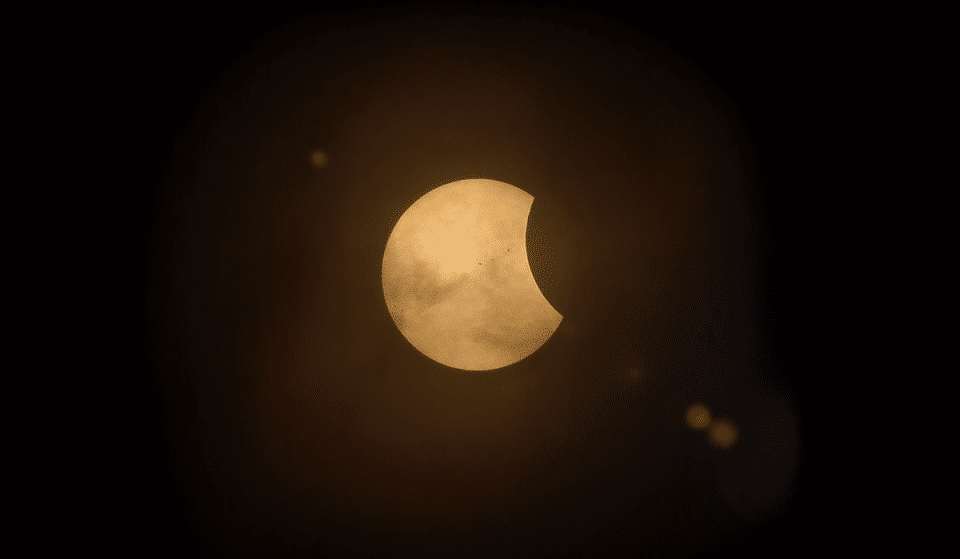 See The Total Lunar Eclipse (And Super Moon) From Seattle This Wednesday