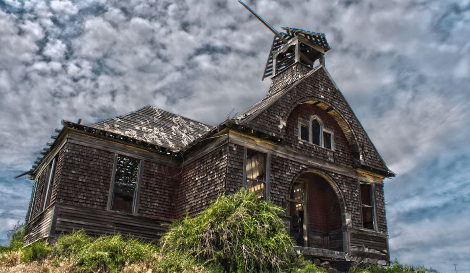 6 Spooky Towns In Washington State That Will Give You The Creeps