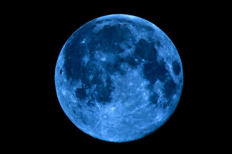 Blue Moon Will Be Visible From Singapore Skies This Halloween Night
