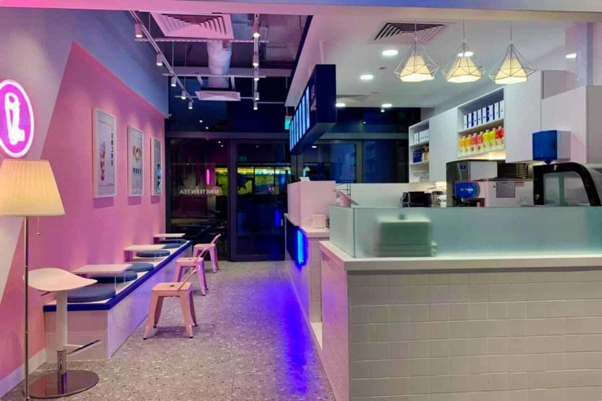 19 Tea Pink Café