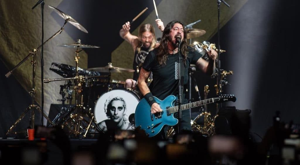 """Dave Grohl Has Launched A New Instagram Account Dedicated To """"True Short Stories"""""""