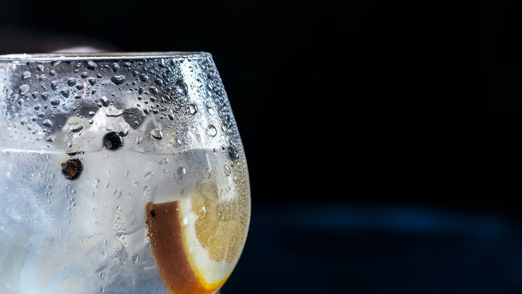 Stretch Out On Wednesdays With A Free Pilates Class And Gin Cocktail In The Rocks