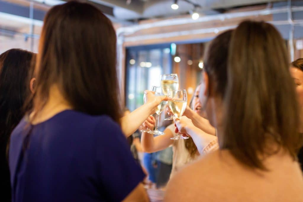 Learn All About Love While Being Served Cocktails And Canapés At This Dating Event