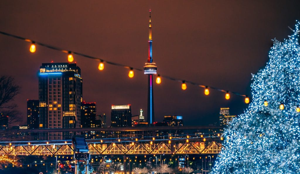 15 Wonderful Things To Do In Toronto In December 2020