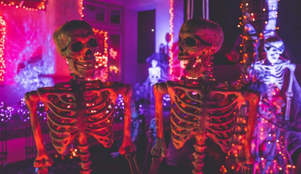 This Walkthrough Halloween Experience At The Beaumont Threatens To Thrill You
