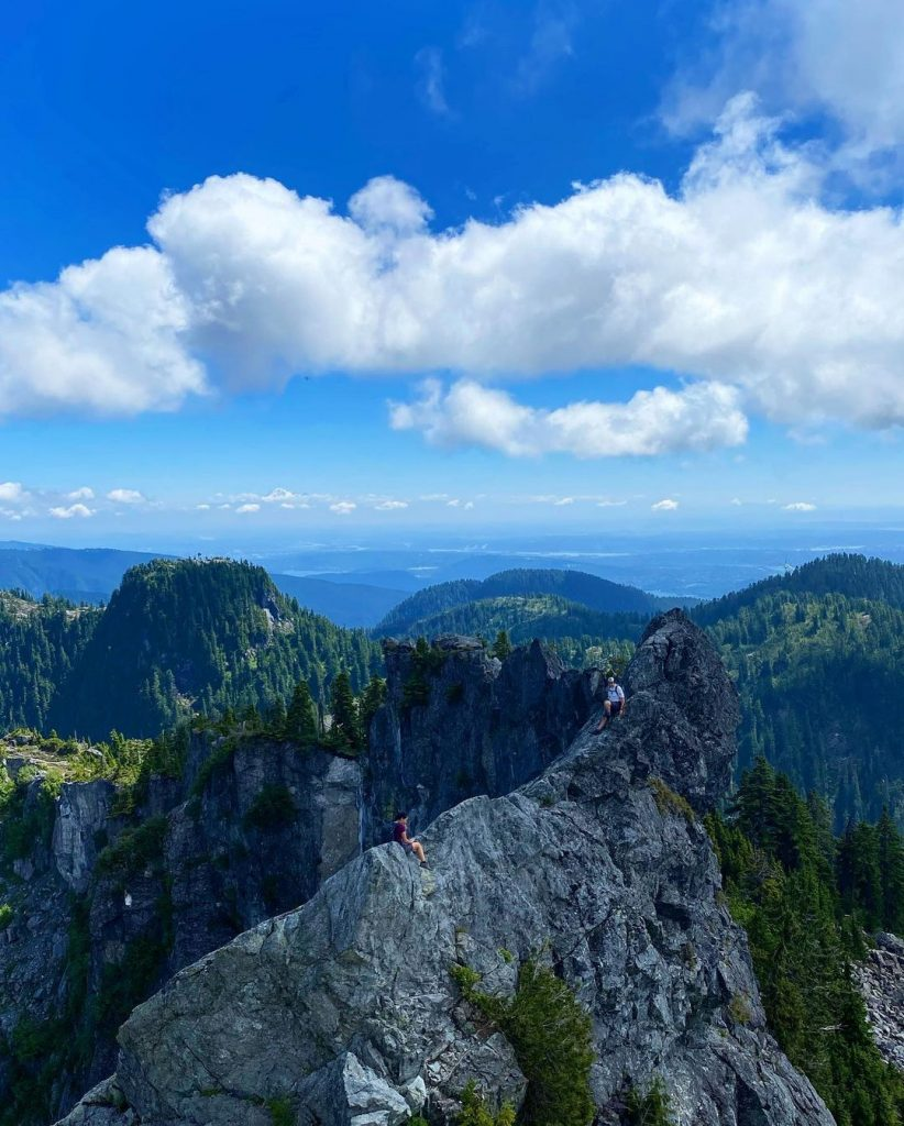 The Five Most Beautiful (But Difficult) Hikes Close To Vancouver