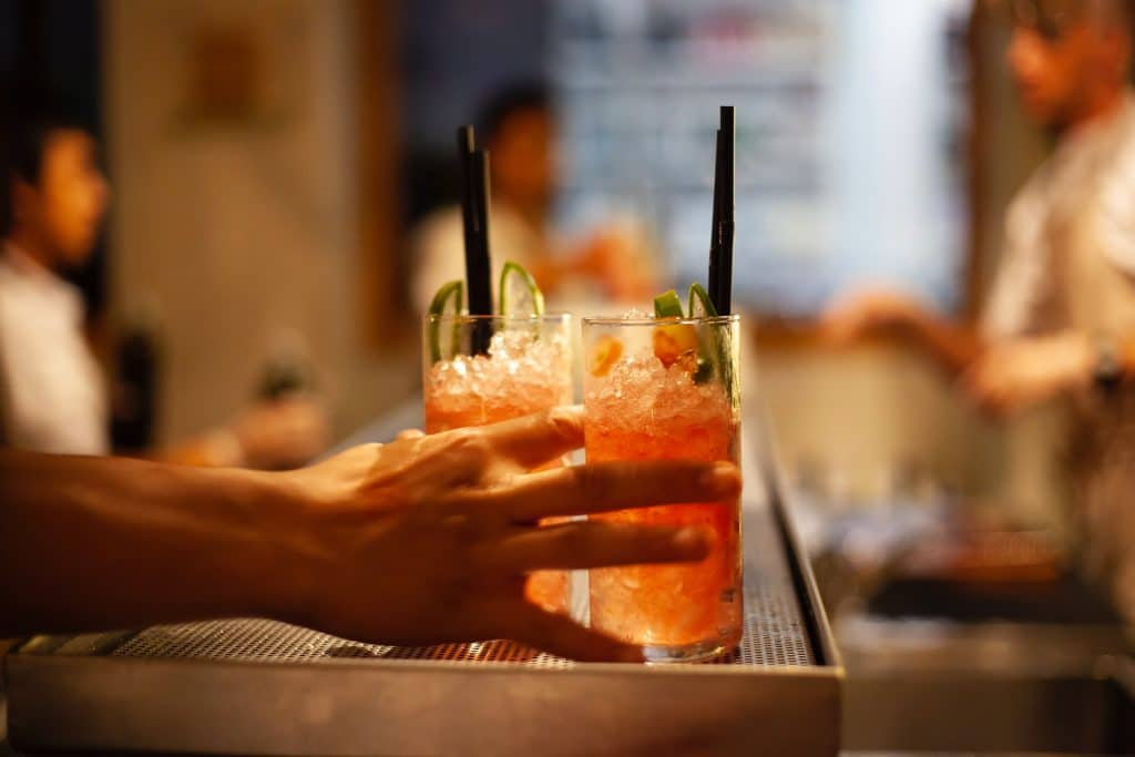 The 5 Best Spots For Happy Hour In Kits