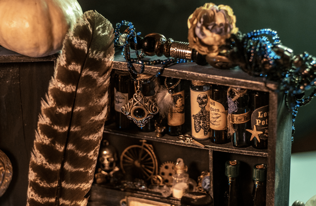 You Have To Try This Wizard Themed Cocktail Bar Before Halloween