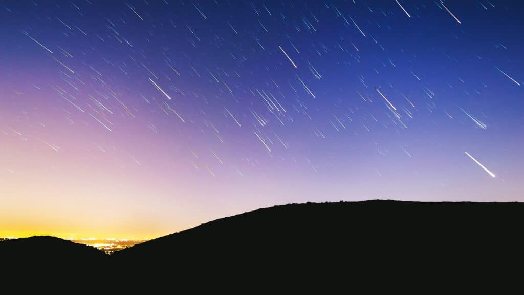 A Meteor Shower Glittered With Hundreds Of Shooting Stars Will Light Up The Sky This Month