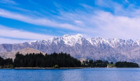 New Zealand Couple Gifts 900 Hectares Of Land Around Lake Wakatipu To Nation, Shunning Developers