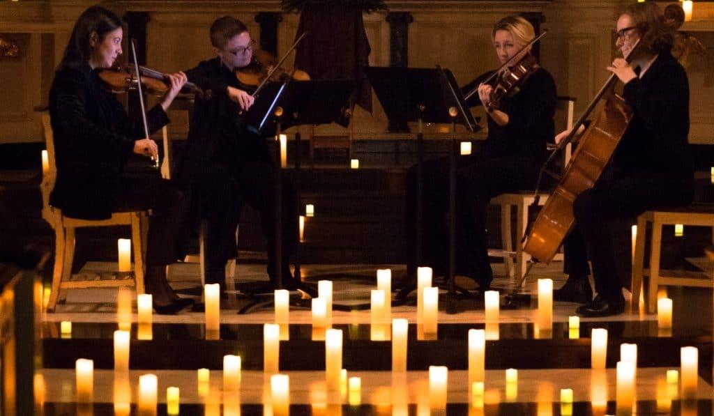 Ein atemberaubendes Erlebnis zu Mozarts Meisterwerke im Kerzenlicht